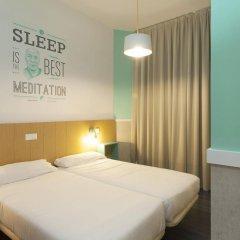Отель Pillow Ramblas Барселона комната для гостей