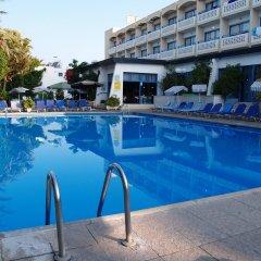 Paphiessa Hotel бассейн