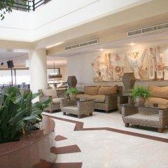 Queen's Bay Hotel интерьер отеля