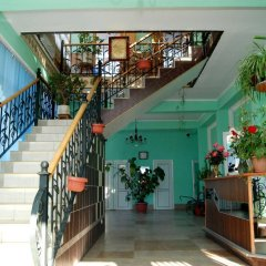Отель Маданур Кыргызстан, Каракол - отзывы, цены и фото номеров - забронировать отель Маданур онлайн интерьер отеля