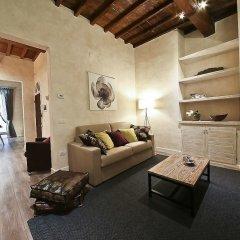 Апартаменты Apartments Florence - Giglio santa trinita комната для гостей фото 3