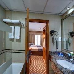 Отель Golden Tulip Al Barsha ванная фото 2