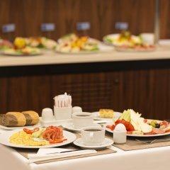 Taxim Express Istanbul Турция, Стамбул - 3 отзыва об отеле, цены и фото номеров - забронировать отель Taxim Express Istanbul онлайн питание