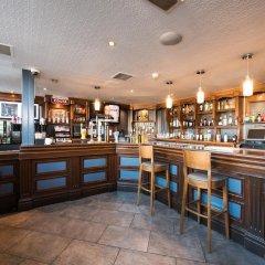 Отель Jurys Inn Edinburgh Великобритания, Эдинбург - 2 отзыва об отеле, цены и фото номеров - забронировать отель Jurys Inn Edinburgh онлайн гостиничный бар