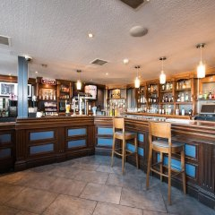 Отель Jurys Inn Эдинбург гостиничный бар