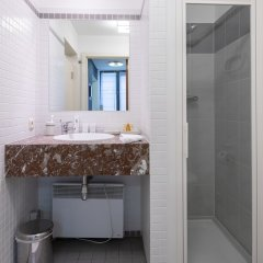 Отель Sweet Inn Apartments Sablons Бельгия, Брюссель - отзывы, цены и фото номеров - забронировать отель Sweet Inn Apartments Sablons онлайн ванная фото 2