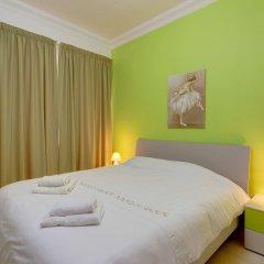 Отель Stunning Seafront Lux Apt wt Pool, Upmarket Area Мальта, Слима - отзывы, цены и фото номеров - забронировать отель Stunning Seafront Lux Apt wt Pool, Upmarket Area онлайн комната для гостей фото 2
