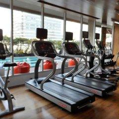 Отель Novotel Bangkok Silom Road фитнесс-зал фото 4
