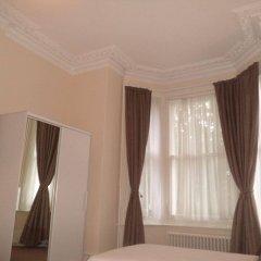 The Courtlands Hotel комната для гостей