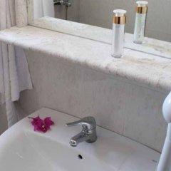 Отель Rodian Gallery Hotel Apartments Греция, Родос - 1 отзыв об отеле, цены и фото номеров - забронировать отель Rodian Gallery Hotel Apartments онлайн ванная фото 2