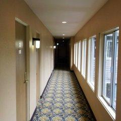 Отель Downtown Value Inn интерьер отеля фото 3