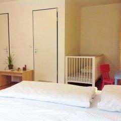 Отель a&o Berlin Mitte Германия, Берлин - 4 отзыва об отеле, цены и фото номеров - забронировать отель a&o Berlin Mitte онлайн комната для гостей фото 5