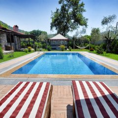 KAY6700 Villa Malhun 2 Bedrooms Турция, Кесилер - отзывы, цены и фото номеров - забронировать отель KAY6700 Villa Malhun 2 Bedrooms онлайн бассейн