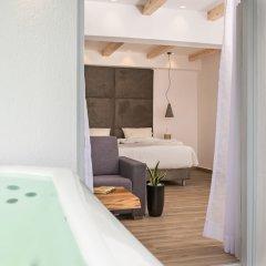 Отель Mediterranean Beach Palace Hotel Греция, Остров Санторини - отзывы, цены и фото номеров - забронировать отель Mediterranean Beach Palace Hotel онлайн ванная