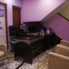 Отель Mountain Backpackers Hostel Непал, Катманду - отзывы, цены и фото номеров - забронировать отель Mountain Backpackers Hostel онлайн интерьер отеля