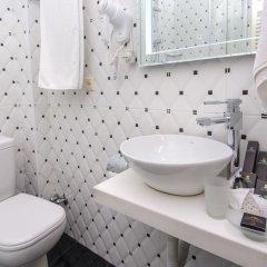 Отель River Side ванная фото 3