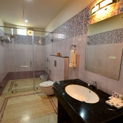 The Sher Garh Resort in Sawai Madhopur, India from 136$, photos, reviews - zenhotels.com bathroom