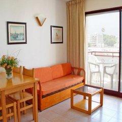 Отель Inter Apartments Испания, Салоу - отзывы, цены и фото номеров - забронировать отель Inter Apartments онлайн комната для гостей фото 3