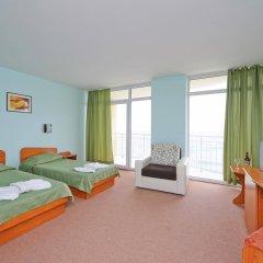 Отель Interhotel Pomorie Болгария, Поморие - 2 отзыва об отеле, цены и фото номеров - забронировать отель Interhotel Pomorie онлайн комната для гостей фото 3