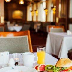 Отель Elite Hotel Residens Швеция, Мальме - 1 отзыв об отеле, цены и фото номеров - забронировать отель Elite Hotel Residens онлайн питание фото 3