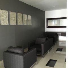 Отель Luxury Resort Apartment with Spectacular View Шри-Ланка, Коломбо - отзывы, цены и фото номеров - забронировать отель Luxury Resort Apartment with Spectacular View онлайн комната для гостей фото 3
