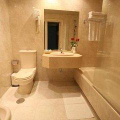 Отель Motel Aeropuerto Испания, Вилабоа - отзывы, цены и фото номеров - забронировать отель Motel Aeropuerto онлайн ванная фото 3