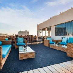 Alexander Tel-Aviv Hotel Израиль, Тель-Авив - 10 отзывов об отеле, цены и фото номеров - забронировать отель Alexander Tel-Aviv Hotel онлайн бассейн фото 2