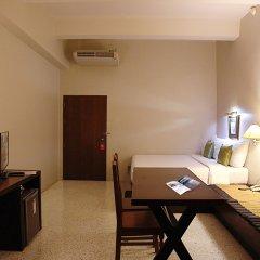 Отель Sino House Phuket Hotel Таиланд, Пхукет - отзывы, цены и фото номеров - забронировать отель Sino House Phuket Hotel онлайн удобства в номере фото 2