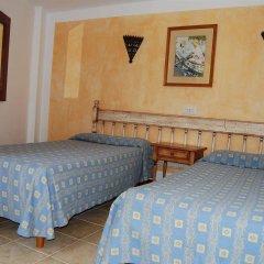 Отель Apartamentos Playa Ferrera комната для гостей