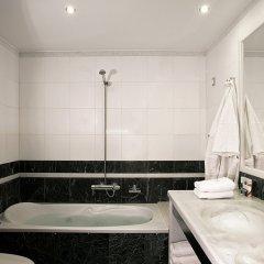 Отель The Majestic Hotel Греция, Остров Санторини - отзывы, цены и фото номеров - забронировать отель The Majestic Hotel онлайн ванная фото 2