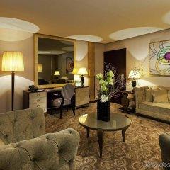 Отель Hôtel Barrière Le Fouquet's Франция, Париж - 1 отзыв об отеле, цены и фото номеров - забронировать отель Hôtel Barrière Le Fouquet's онлайн комната для гостей фото 2