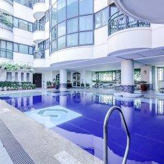 Makati Palace Hotel бассейн