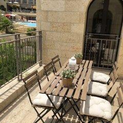 Mamilla's Penthouse Израиль, Иерусалим - отзывы, цены и фото номеров - забронировать отель Mamilla's Penthouse онлайн балкон