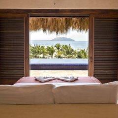 Отель Las Palmas Beachfront Villas Мексика, Коакоюл - отзывы, цены и фото номеров - забронировать отель Las Palmas Beachfront Villas онлайн комната для гостей фото 2