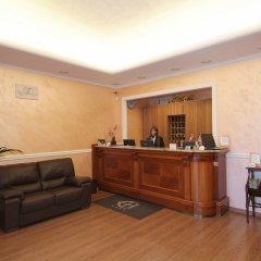 Отель Euro House Rome Airport Италия, Фьюмичино - 1 отзыв об отеле, цены и фото номеров - забронировать отель Euro House Rome Airport онлайн интерьер отеля фото 3