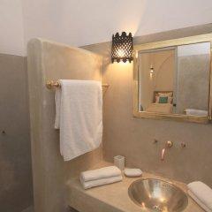 Отель Riad Chi-Chi Марокко, Марракеш - отзывы, цены и фото номеров - забронировать отель Riad Chi-Chi онлайн ванная фото 2