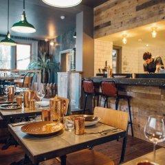 Отель Artist Residence Великобритания, Брайтон - отзывы, цены и фото номеров - забронировать отель Artist Residence онлайн гостиничный бар