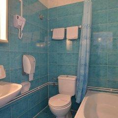 Отель Konstantinoupolis Hotel Греция, Корфу - отзывы, цены и фото номеров - забронировать отель Konstantinoupolis Hotel онлайн ванная