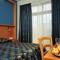 Alexandra Hotel Malta Сан Джулианс в номере