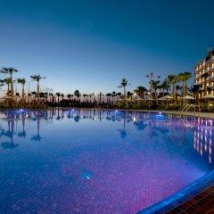 Отель Salgados Palace бассейн