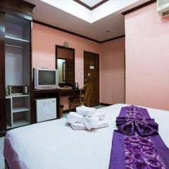 Отель The Grand Orchid Inn удобства в номере фото 2