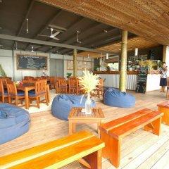 Отель Blue Lagoon Beach Resort Фиджи, Матаялеву - отзывы, цены и фото номеров - забронировать отель Blue Lagoon Beach Resort онлайн бассейн