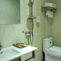 Отель Lidu Hostel Китай, Джиангме - отзывы, цены и фото номеров - забронировать отель Lidu Hostel онлайн ванная фото 2
