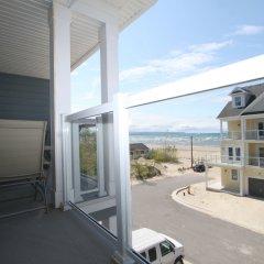 Отель Beachfront Beach Houses Канада, Васага-Бич - отзывы, цены и фото номеров - забронировать отель Beachfront Beach Houses онлайн балкон