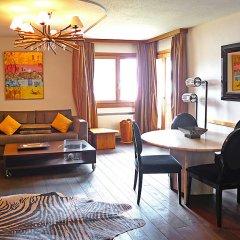 Отель Chesa Ludains 8 - One Bedroom Швейцария, Санкт-Мориц - отзывы, цены и фото номеров - забронировать отель Chesa Ludains 8 - One Bedroom онлайн комната для гостей фото 2