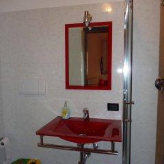 Отель Antica Porta delle Cinque Terre Италия, Пиньоне - отзывы, цены и фото номеров - забронировать отель Antica Porta delle Cinque Terre онлайн ванная фото 2