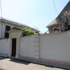 Гостевой дом Вилари парковка