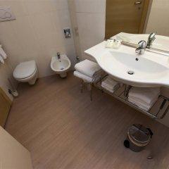 Отель Best Western Porto Antico Генуя ванная фото 2