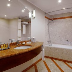 Отель Марриотт Москва Ройал Аврора ванная фото 2