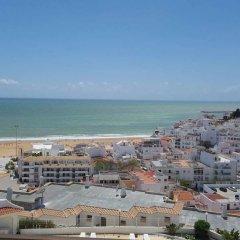 Отель Albufeira Sea and Old Town View 32 Португалия, Албуфейра - отзывы, цены и фото номеров - забронировать отель Albufeira Sea and Old Town View 32 онлайн пляж фото 2